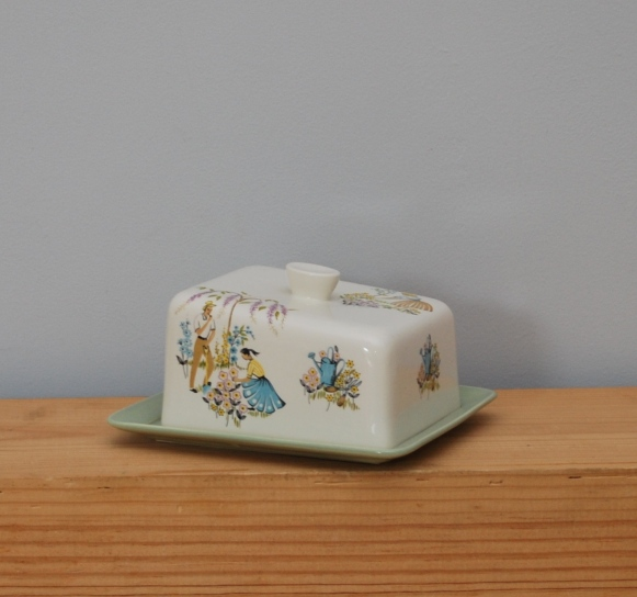 Beswick cheese dish in the Green Fingers pattern from Lost Property Vintage